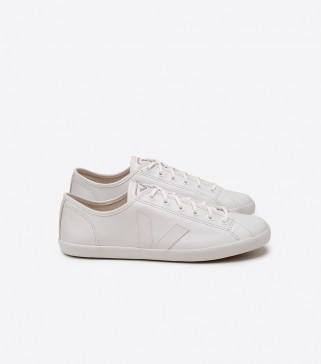 Veja Taua White Leather shoes