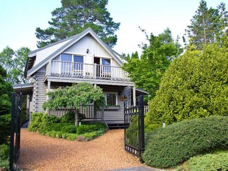 Cherry Cottage in Leura, Blue Mountains